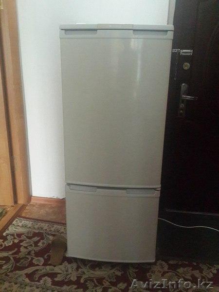 Куплю б у холодильник